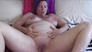 Sexy pregnant shots 8 1/2 month pregnant milf showering and lotioning up afterwards
