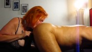 Breast mauling catfight - Sau tina leckt arsch und von gepiercgte schwanz ins maul gespritzt