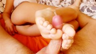 Debbies fetish foot toe Have a foot fetish cum on feet toes. footjob, handjob compilation