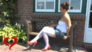 Rash natall cleft spread to vulva - Teeny masturbation on the garden bench