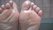 Youtube sexy soles 8 I show off my sexy oiled soles and use them to make a cock cum with footjob
