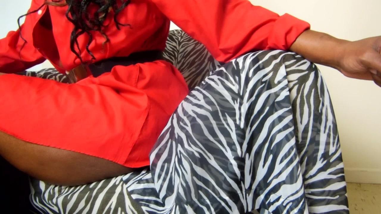 Курит фетиш-сексуальный курит негритянка мамочка порно кастинг