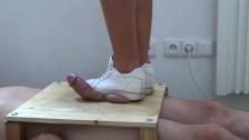 Sneakers Cock Trampling Crushing - CBT Trample