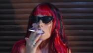 Smoking is sexy Hot redhead chick smoking- redhead hot smoking sexy
