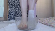 Sock fetish videos - Pee foot bath with white socks