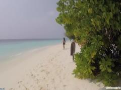 Little Caprice com - Verfolgt und gefickt auf den Malediven