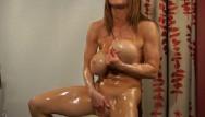 Bodybuilder women nude - Busty bodybuilder oil bath