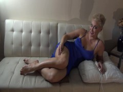 Curvy Cougar Frolicking With A Hitachi