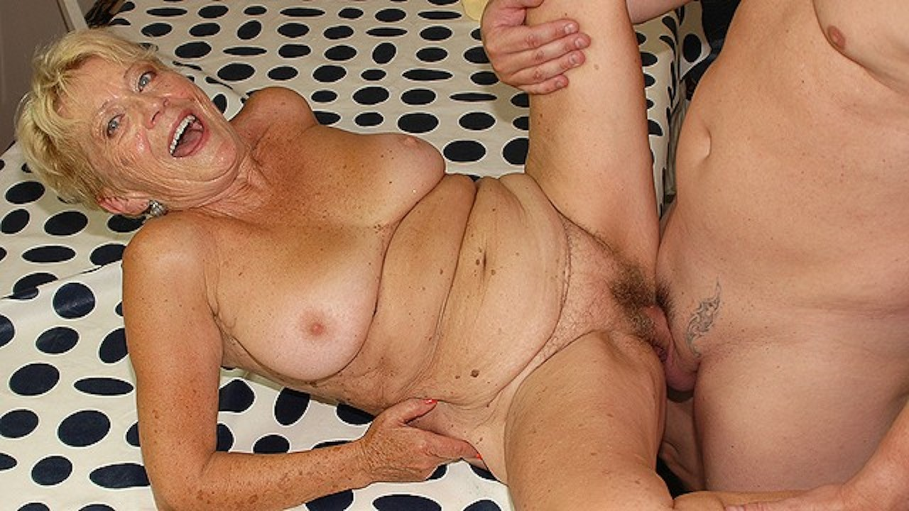 Ugly Chubby Grandma Rough Big Dick Fucked