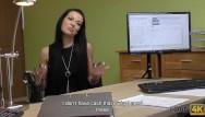 Skrita kamera sex Loan4k. agent mit kamera bittet mädchen, sich auszuziehen, wenn sie bargeld