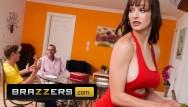 Oliver martinez naked Brazzers - milf big tit stepmom lexi luna fucks stepson
