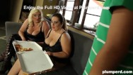 Sizing up sperm show - Two super-sized bbw eat up the pizza boy