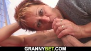 Old woman that want sex - He pounds hot mature woman on the floor
