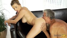 daddy4k. old and virtual sex in the villa after swimming in the pool