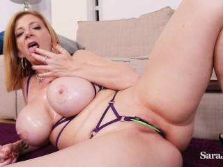 Sara's big oiled up tits