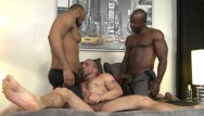 Gays threesome Interracial ebony threesome - menover30