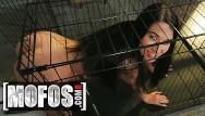 Pet sex amateur Mofos - petite pet alex coal gets cage training
