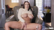 Shaved close up babes Hot babe with big tits angela white solo fingers her shaved twat