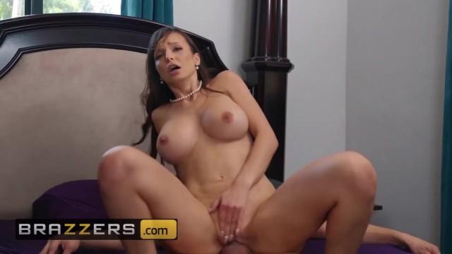 Brazzers - Busty milf Lexi Luna fucks her stepsons young friend