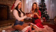 Christmas in summer porn Vr bangers hot lesbians playing with dildo under the christmas tree vrporn