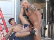 Dallas Steele trains his Nasty pig