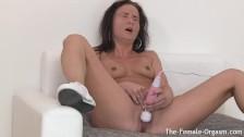 Nikki Sweet Solo Masturbation and Real Screaming Orgasms