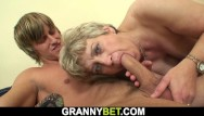 Ladyboys well hung dick - Sexy mature woman pleases well-hung skinny dude