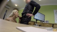 Fucking fair african women - Loan4k. la blonde blanche donne à lagent sa chatte pour lui faire