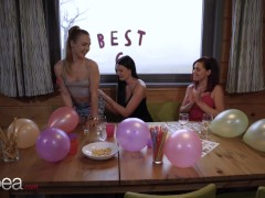 Lesbea Friend Witnesses Leanne Lace And Alecia Fox Hot Lesbian Pussy Licking