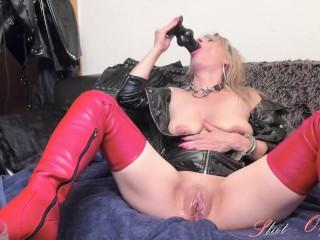 kinky Slut-Orgasma Celeste squirting cam show