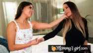 Old moms vs young lesbian - Squirt madness with katya rodriguez and her stepmom - mommysgirl