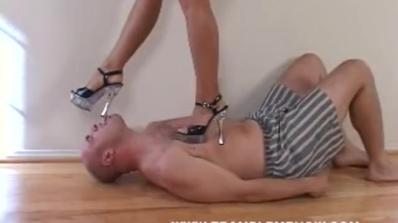 mobile porn video Tape face lady in red
