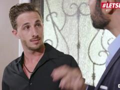 Scamangels - Football Player Plumbs Dirty Cocksluts Richelle Ryan And Aidra Fox