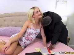 Zoe Sparx Shows Her Cuckold Boyfriend Their Family Rules