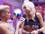 Hot Pornstars Interviewed at AVN | CAM4