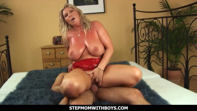 Stepmom With Boys Big Tit Mom Tit Fuck And Pussy Fuck By Son