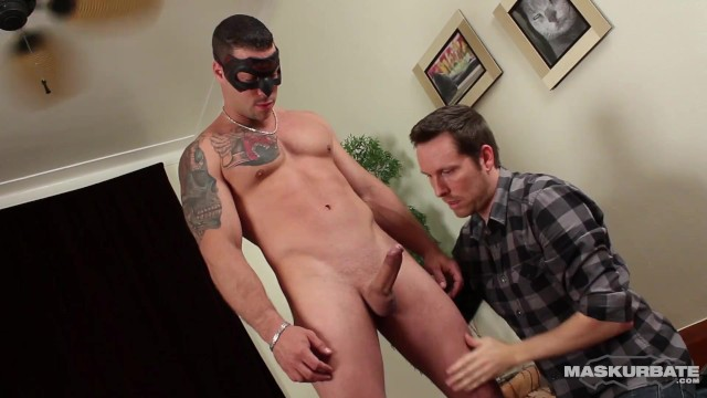 Masked Amateur's Huge Dick & Perfect Body Worshipped - Maskurbate