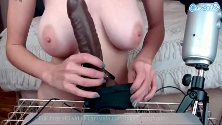 Big Tits Hopelesssofrantic titty fucks herself with her big dildo