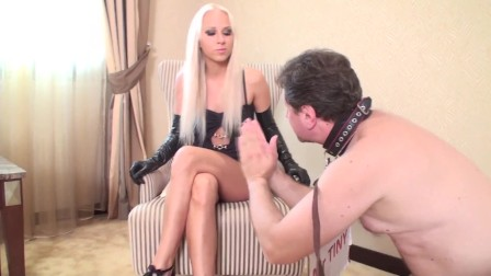 funny slave idiot get face slapping by ruler couple