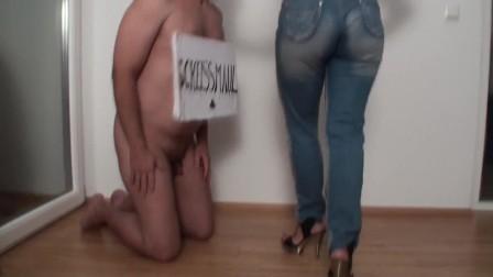 mistress bianca slapping slave joschi