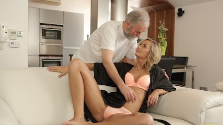 VIP4K New day begins for blonde and her mature husband with hot sex