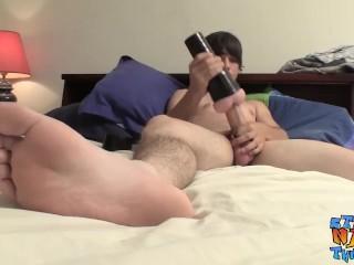 Straight dude uses fleshlight solo