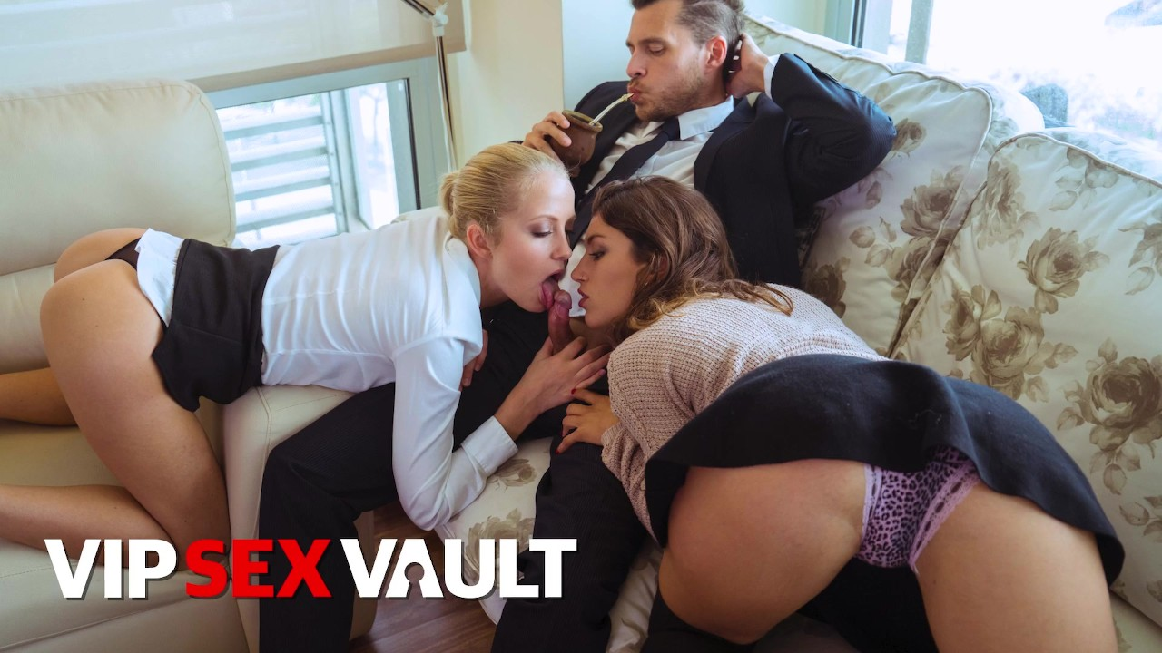 LOSCONSOLADORES - SEXY GIRL JULIA ROCA GETS FUCKED HARD BY SWINGER COUPLE - ...