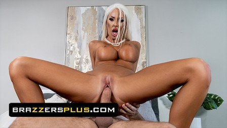 Brazzers - Courtney Taylor Could Really Use A Dick & Keiran Lee Is There To Give Her What She Needs